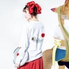 ③⑧限定★ゾンビーノ屋の★数量限定★ まんまるオバケちゃんのふわふわ空中散歩(当ショップロゴ入り) Long sleeve T-shirtsの着用イメージ(裏面・袖部分)