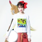 マニマニの魔法少女犬子と幸子 欲張り Long sleeve T-shirtsの着用イメージ(表面)