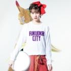福岡Tシャツ通販サイトの福岡シティTシャツ(パープルロゴ) Long sleeve T-shirtsの着用イメージ(表面)