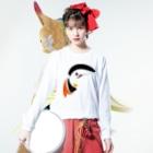 PB.DesignsのAtlantic Puffin Long sleeve T-shirtsの着用イメージ(表面)