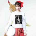 Prism coffee beanの【ラテアート】ブラックリーフ Long sleeve T-shirtsの着用イメージ(表面)