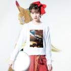 Marikaの宇宙着陸 Long sleeve T-shirtsの着用イメージ(表面)