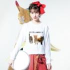 ゆあ工房の笑う門には猫来たるTシャツ Long sleeve T-shirtsの着用イメージ(表面)