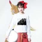 近江屋のkowlooncity Long Sleeve T-Shirtの着用イメージ(表面)