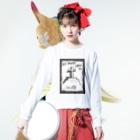 LUNARHOLIC STOREの偽諺~弐~「全ての道はホームに通ず」(黒縁) Long sleeve T-shirtsの着用イメージ(表面)