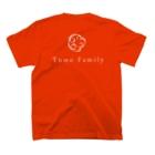 Tomo Family 63のロゴTシャツ (カラー多数) T-Shirtの裏面