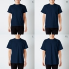 """BSL official web shopの""""Drum"""" ver.1(濃い色用) T-shirtsのサイズ別着用イメージ(男性)"""