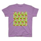 Mieko_Kawasakiの魅惑のフライドポテト🍟 GULTY PLEASURE FRENCH FRIES GREEN T-Shirt