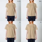 もけけ工房 SUZURI店のカンフーキャット1号 T-shirtsのサイズ別着用イメージ(女性)