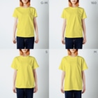 YOSHINO/芳野のアマビエとヨゲンノトリ T-shirtsのサイズ別着用イメージ(女性)