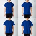 PygmyCat suzuri店の仏にゃんs(白線) T-shirtsのサイズ別着用イメージ(男性)
