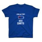 Japaneseguytv Online StoreのLOW BATTERY NEED DARTS T-Shirt T-Shirt