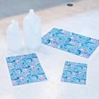 *momochy shop*のアイスと女の子 Stickable tarpaulinのサイズ比較(A2、A3、A4)