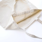 モリヤマ・サルのコロッとしたプー Tote bagsの素材感