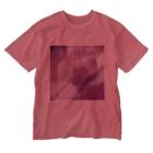 クレヨン君とえんぴつ君のピンクにくるくるなクルクマ Washed T-shirts