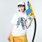 石山蓮華のクリハラタカシと電線礼讃 Washed T-shirtsの着用イメージ(表面)