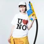 うののI LOVE UNO(黒文字) Washed T-shirtsの着用イメージ(表面)