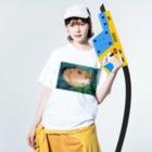 momo_emiのカニ Washed T-Shirtの着用イメージ(表面)