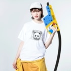 AmberToneの宇宙パンダ Washed T-shirtsの着用イメージ(表面)