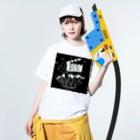 石垣島の移動映画館ゆいシネマ応援!オリジナルグッズ販売店のゆいシネマ応援オリジナルグッズ Washed T-shirtsの着用イメージ(表面)