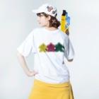 LucyDiamondのスリー・ミープルズ(横)バックプリント Washed T-shirtsの着用イメージ(裏面)