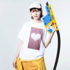 Teatime ティータイムのハート Heart ピンク pink Washed T-shirtsの着用イメージ(表面)