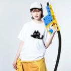 敷島の泣き虫ねこ Washed T-shirtsの着用イメージ(表面)