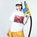 Dreamscapeの麗しの芳香 Washed T-shirtsの着用イメージ(表面)