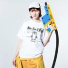 ネッシー君とおなかまたちのペンギンのペンきち Washed T-shirtsの着用イメージ(表面)
