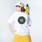 Starfish&Co.の Daruma Skate T-shirts Washed T-shirtsの着用イメージ(裏面)