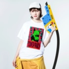 Orihamo TのCONSPIRACY CAT Washed T-shirtsの着用イメージ(表面)