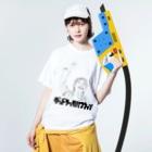 シンイチロォのおみせのグッドラックハブファン(ニコッ) Washed T-shirtsの着用イメージ(表面)