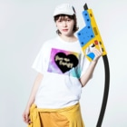 DOLUXCHIC RAYLOのGive me energy Heart  Washed T-shirtsの着用イメージ(表面)