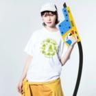 kuralica WAKUWAKU storeのWAKUWAKUサーカス/グリーン Washed T-shirtsの着用イメージ(表面)