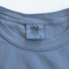 Planet Evansの紺と白の四つ葉柄 Washed T-shirtsIt features a texture like old clothes
