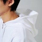 akonakoのlook at me 3(クリア) Zip Hoodiesのフード部分