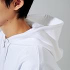 斬る'em ALLの【KJデザイン】MEGALO MANIA-004 #MGLMNA Zip Hoodiesのフード部分