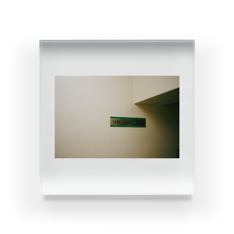 Shogo Hirokiのroom Acrylic Block