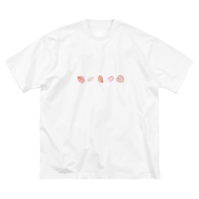 SANKAKU DESIGN STOREの桜の花びら五枚セット。 Big silhouette T-shirts