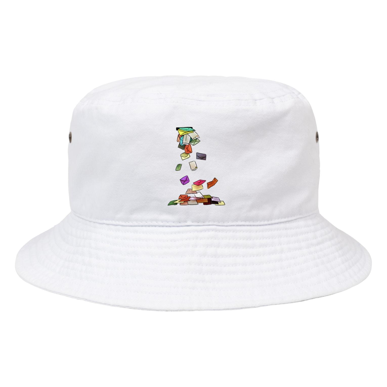 PetrichorのCapacity over Bucket Hat