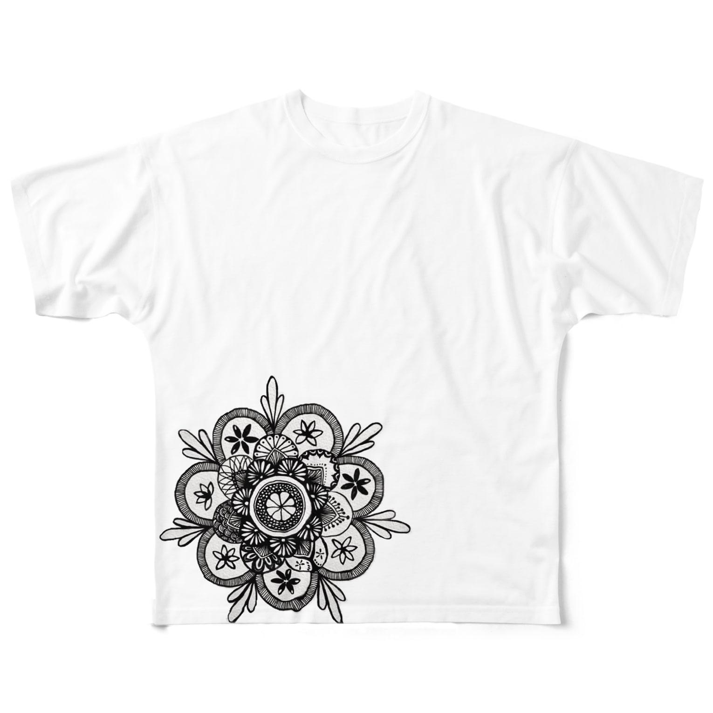 PEAPICAN EMICAのオレンジ フルグラフィックTシャツ