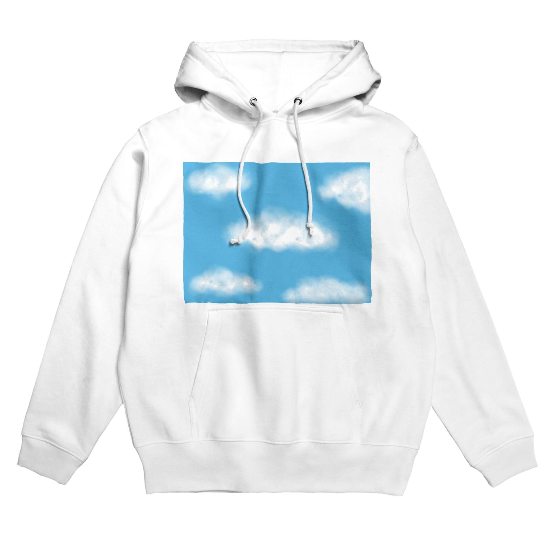 Atomatomの晴れた空と雲 Hoodies