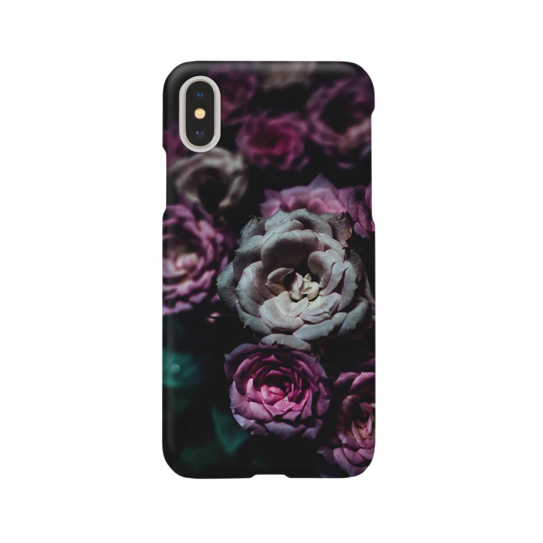 ktpicsのFlower in the dark Smartphone cases