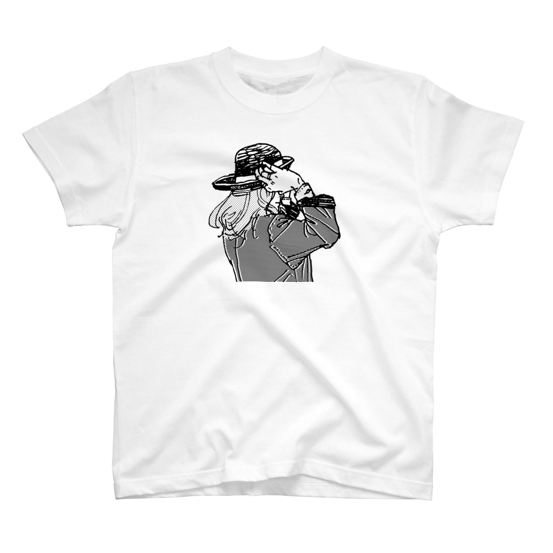 中村香月の帽子をかぶり直す T-shirts