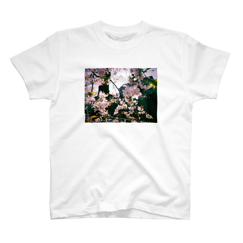 yukiyako_の桜 T-shirts