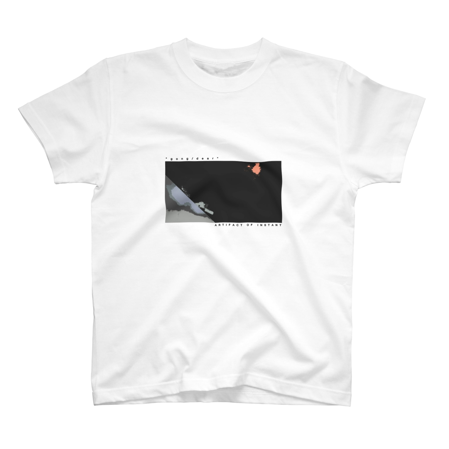 """ARTIFACT OF INSTANTの""""gong / dear"""" WHITE TEE T-shirts"""