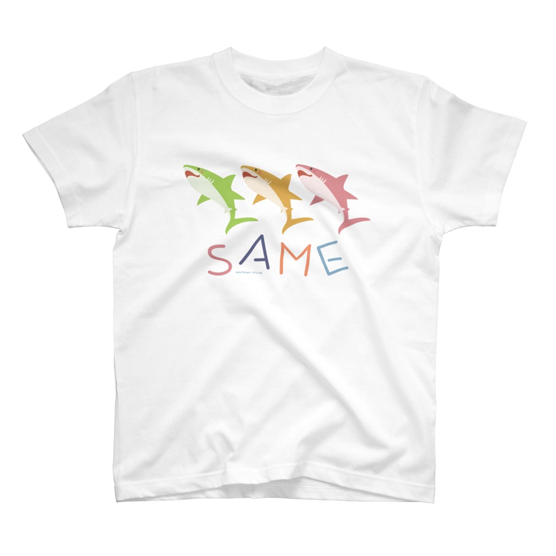 イラストレーター さかたようこのはにかみSAME T-shirts