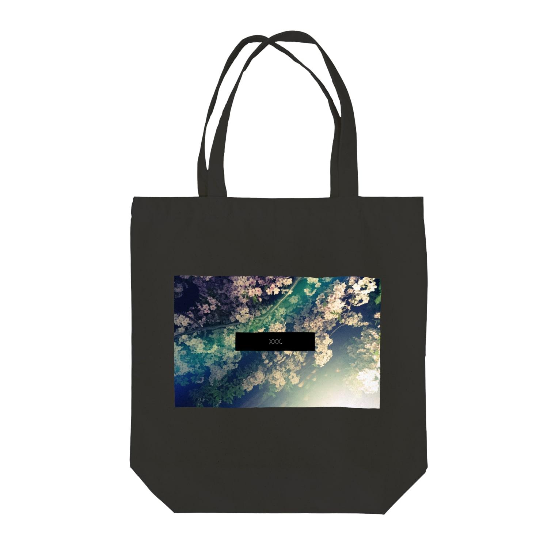 xxx。のxxx.midnight flower Tote bags