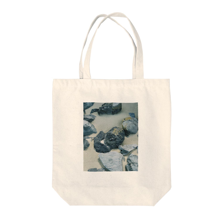 TABUCHI THE SHOPの玄武岩質溶岩 Tote bags