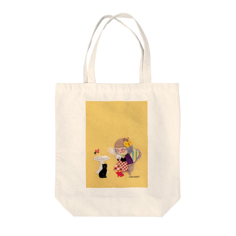 marmelo*のチャーミングなおばあちゃん Tote bags